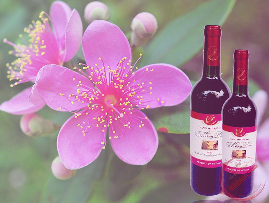 """Rượu vang sim của Kon Tum – """"Quà tặng của đại ngàn"""""""